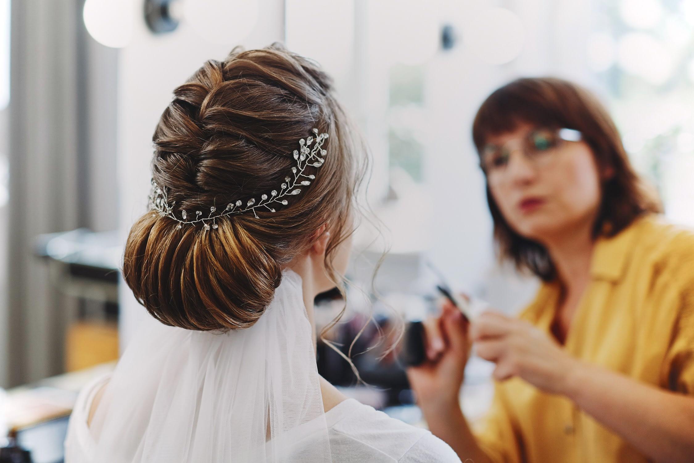 Zdjęcia ślubne make-up włosy